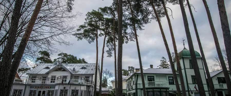 In Jurmala, you'll find beaches, nature and beautiful buildings. The perfect (non-touristy!) summer destination.
