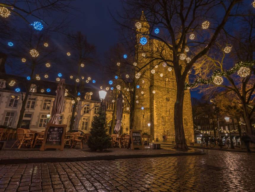 christmas market maastricht light route