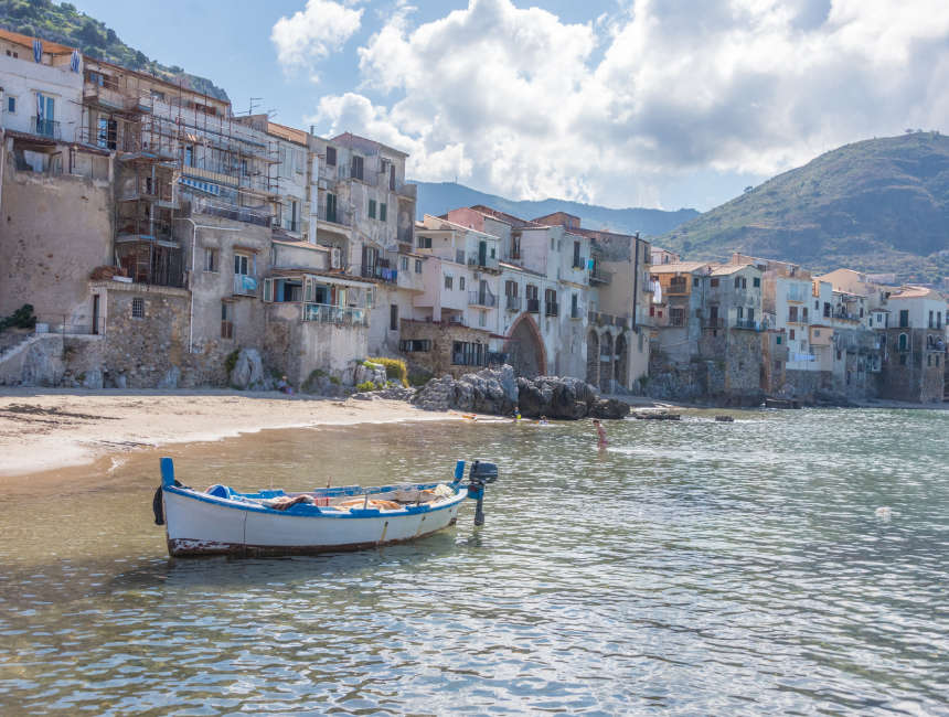 sights in sicily cefalu