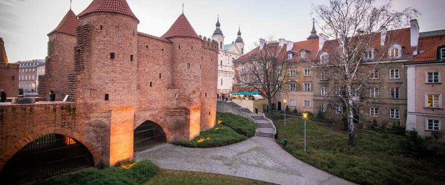 Barbakan Warszawski warsaw city walls