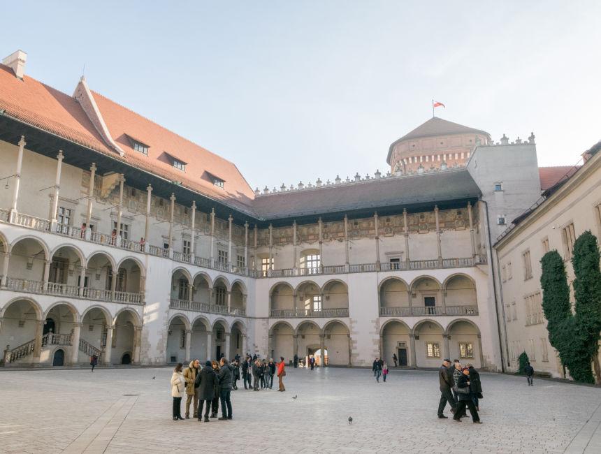 what to do in krakow wawel castle