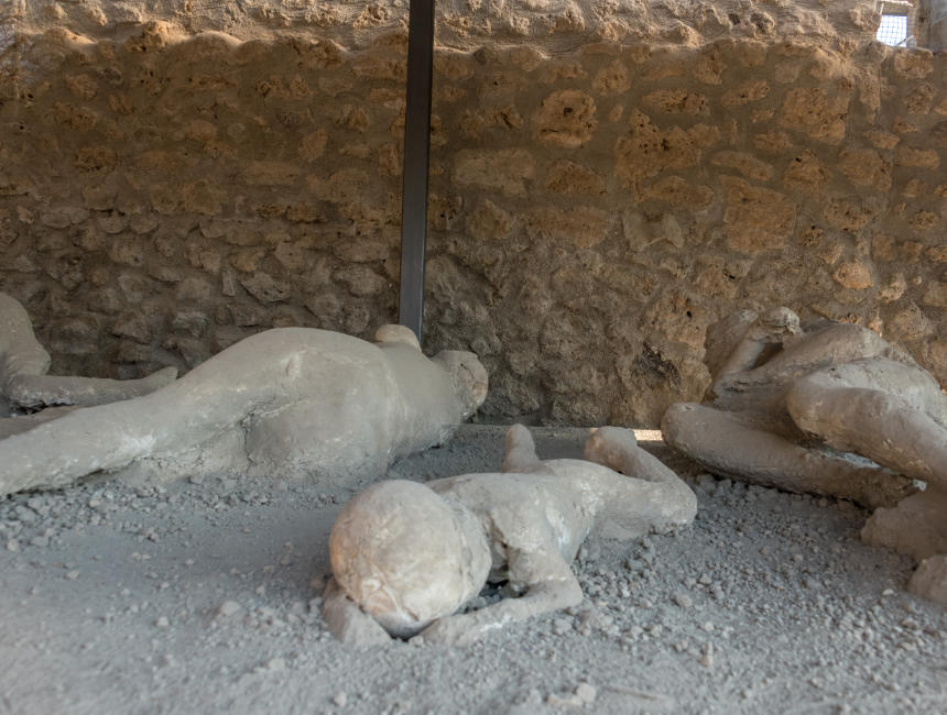 Visiting Pompeii: day trip from Naples, Sorrento or Rome ...