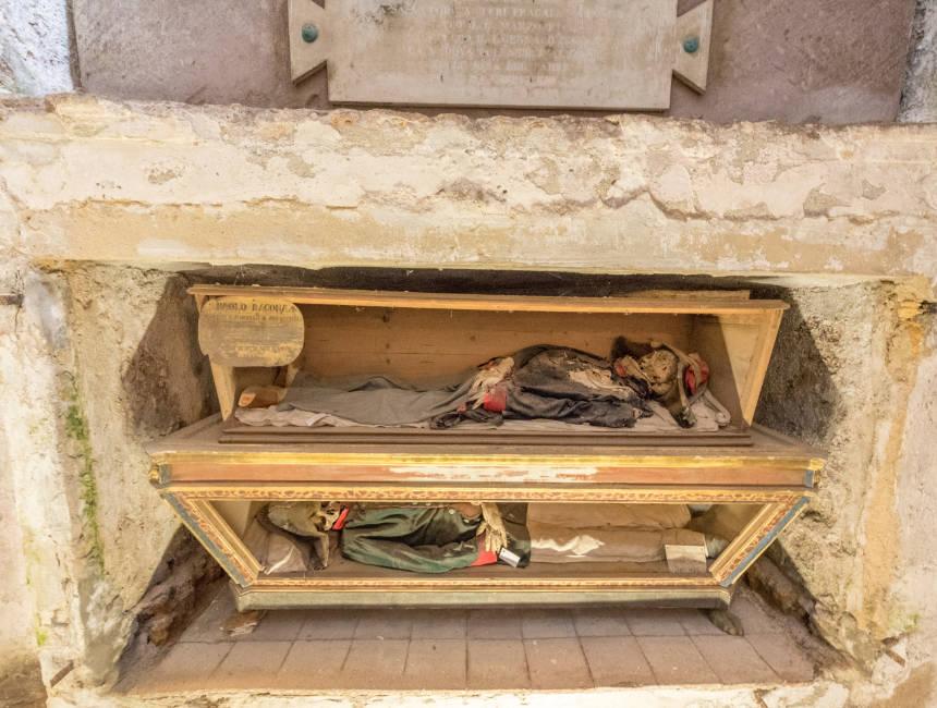 colonel enea diguiliano capuchin catacombs palermo
