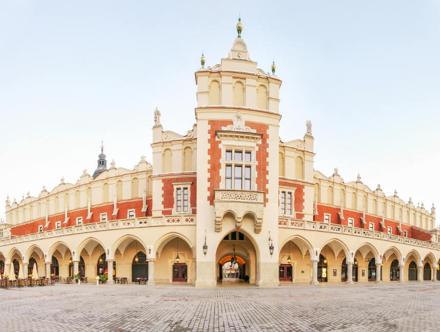 sukiennice best places to visit in krakow