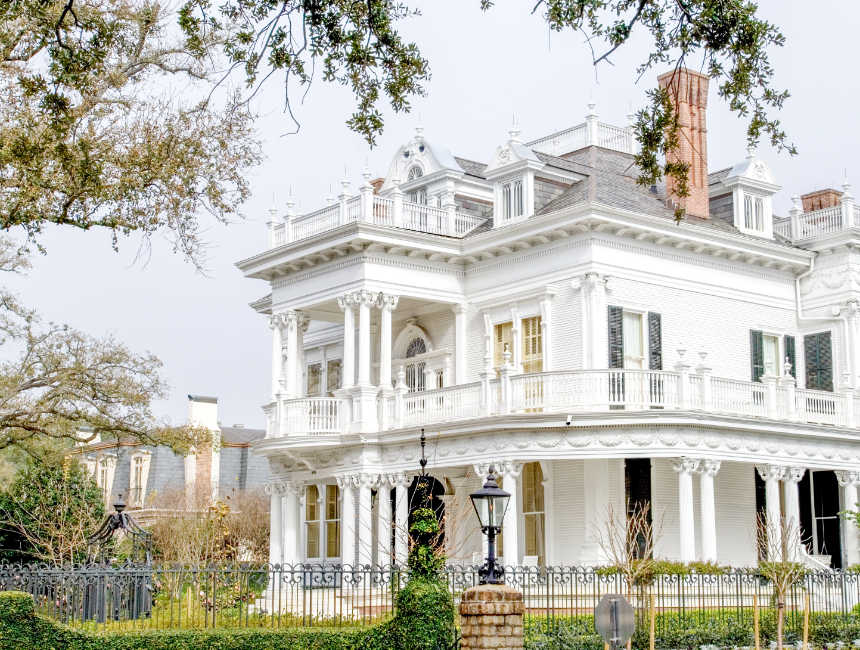places to see in new orleans garden district