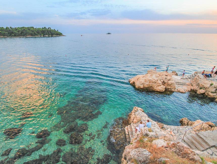 holidays croatia beach