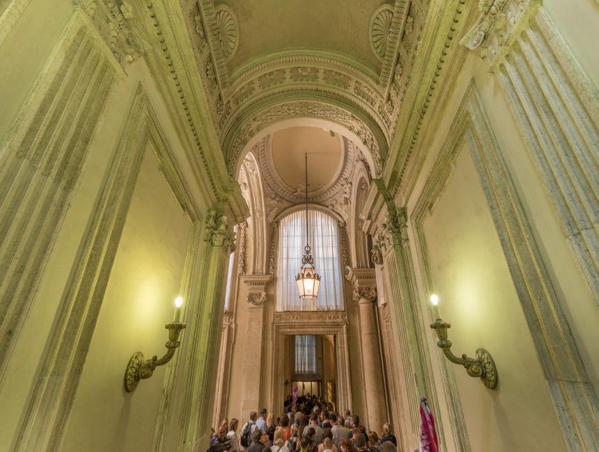 sistine chapel hallway to st peters basilica