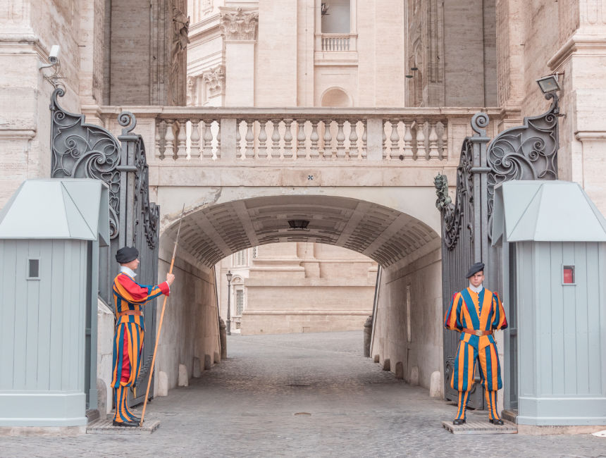 swiss guard visiting the vatican