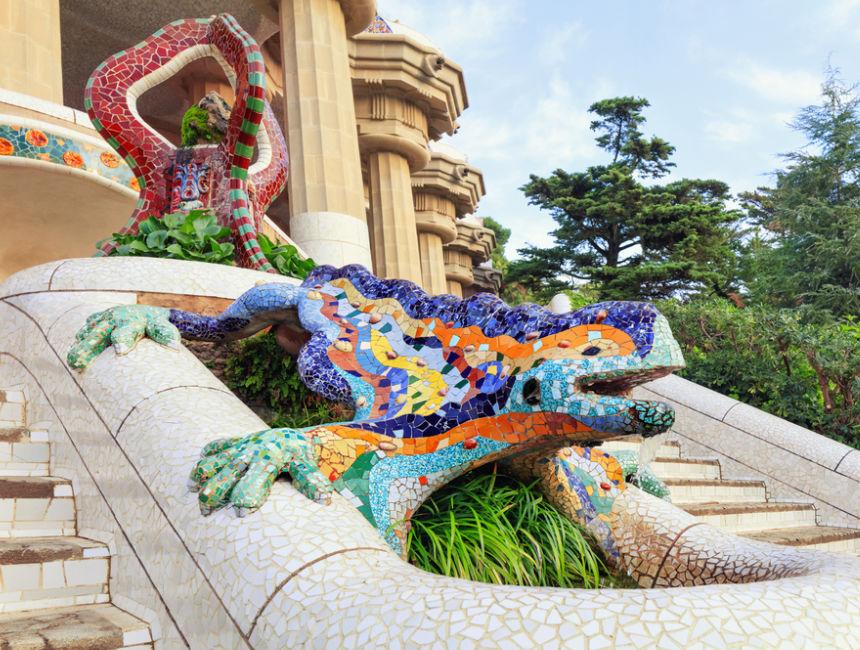 dragon stair park guell salamander