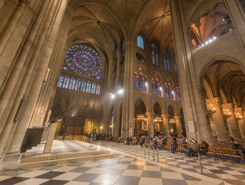 stained glass windows notre dame before fire
