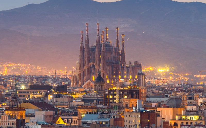 visit Sagrada Familia skip the line tickets