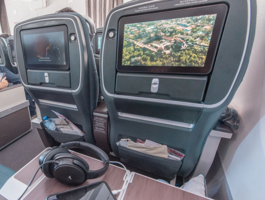 in flight entertainment cathay pacific