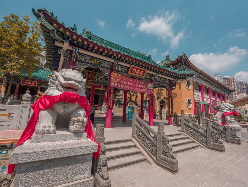 Places to visit in Hong Kong wong tai sin temple