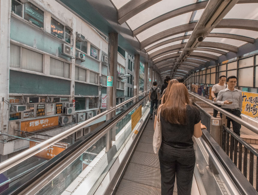 things to do in Hong Kong central mid levels escalator